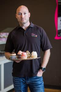 Chet Kenisell has been a franchisee of Gigi's Cupcakes for 7 years, but while he operates a shop in Texas he is also suing the founder and parent companies.(Thao Nguyen/Special Contributor)