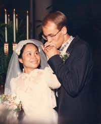Wedding photo of David and Thu-Lan Tran Andrews on May 21, 1990.