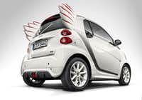 """<p><span style=""""font-size: 1em; background-color: transparent;"""">The Smart Fortwo Edition by Jeremy Scott. """"I wanted to design something out of the ordinary, something that expressed my dreams and fantasies and that transferred my fashion ideas to automotive design. I see myself driving this car and can well imagine my friends and cool people all over the world loving the unique design of this smart,"""" says the designer.</span></p>(Daimler AG - Global Communicatio/Daimler AG)"""