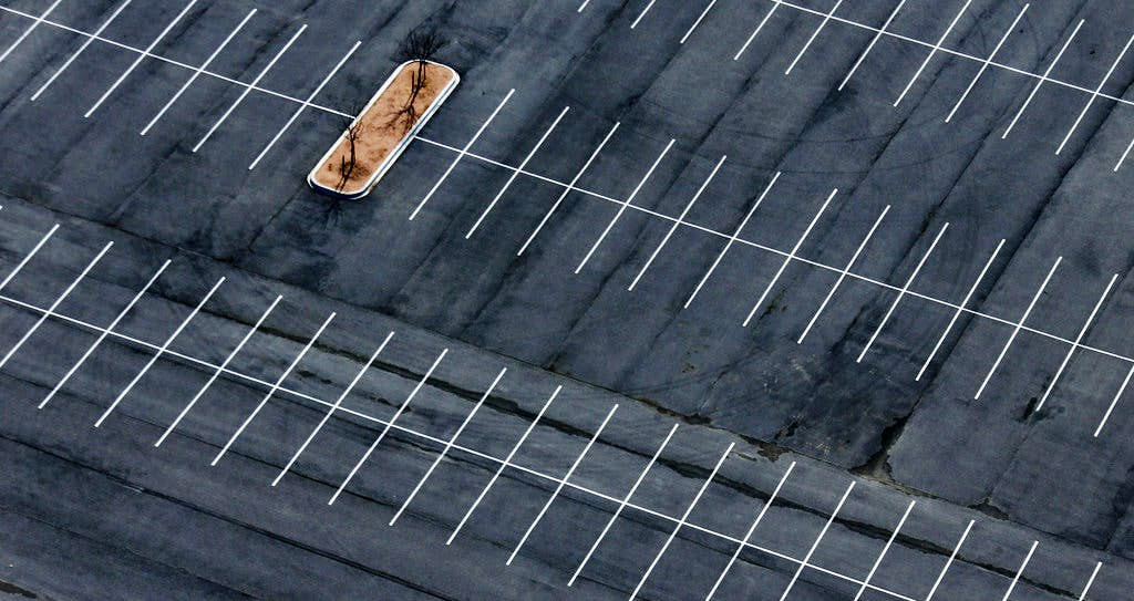 For 316k A Year Dallas Is Stuck With An Empty Parking Lot Near