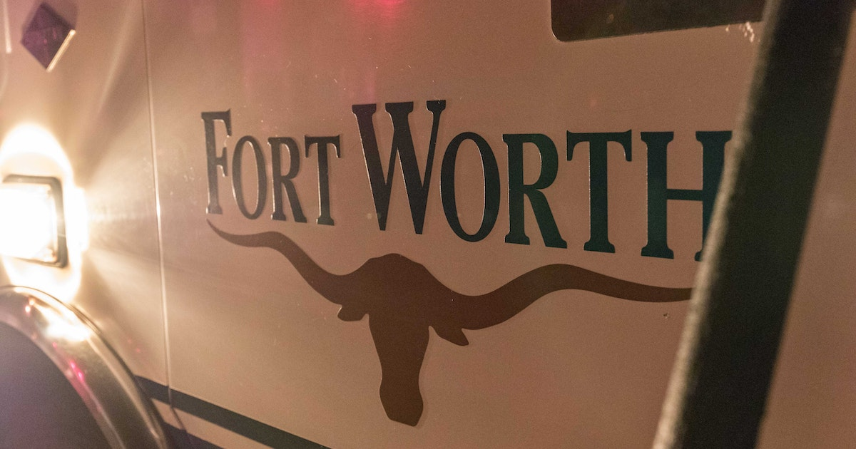 Shooting at Fort Worth Dairy Queen leaves 1 dead, 1 injured...