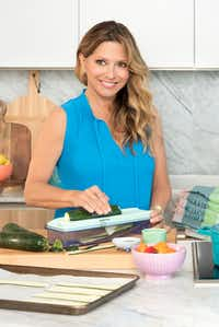 Latin food chef Ingrid Hoffmann(Chica Worldwide LLC)