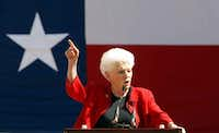 Former Texas governor Ann Richards speaks at a early vote rally on the campus of the University of Texas(Staff photo)