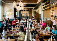 """""""Cake Boss"""" Buddy Valastro attracts big crowds to his Buddy V's restaurant for the $35 Sunday brunch buffet.(Michael Hiller/Special Contributor)"""