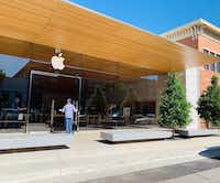 The new Apple Store at Southlake Town Square opened in November 2018.(Courtesy photo/Southlake Town Square)