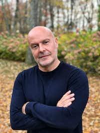 Simon Kneen, chief creative officer at Dallas-based J. Hilburn.(J.Hilburn)