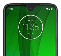 The front camera of the Moto G7 is in a very small notch on the top of the screen.(Motorola)