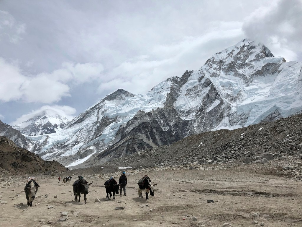 How dangerous is hiking to everest base camp