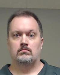 "<p><span style=""font-size: 1em; background-color: transparent;"">John Crumley</span></p>(Collin County Detention Center/<p><span style=""font-size: 1em; background-color: transparent;"">Collin County Detention Center</span><br></p><p></p>)"