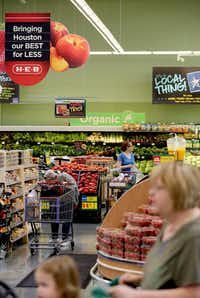 """H-E-B has adapted to customers' changing habits. Along with selling groceries in the store, they offer online orders and curbside pickup or home delivery through Favor and Instacart. They also ship from the warehouse to the homes of """"Tex-pats"""" who are craving tortillas, H-E-B president Craig Boyan said.(Thomas B. Shea/For The Chronicle)"""