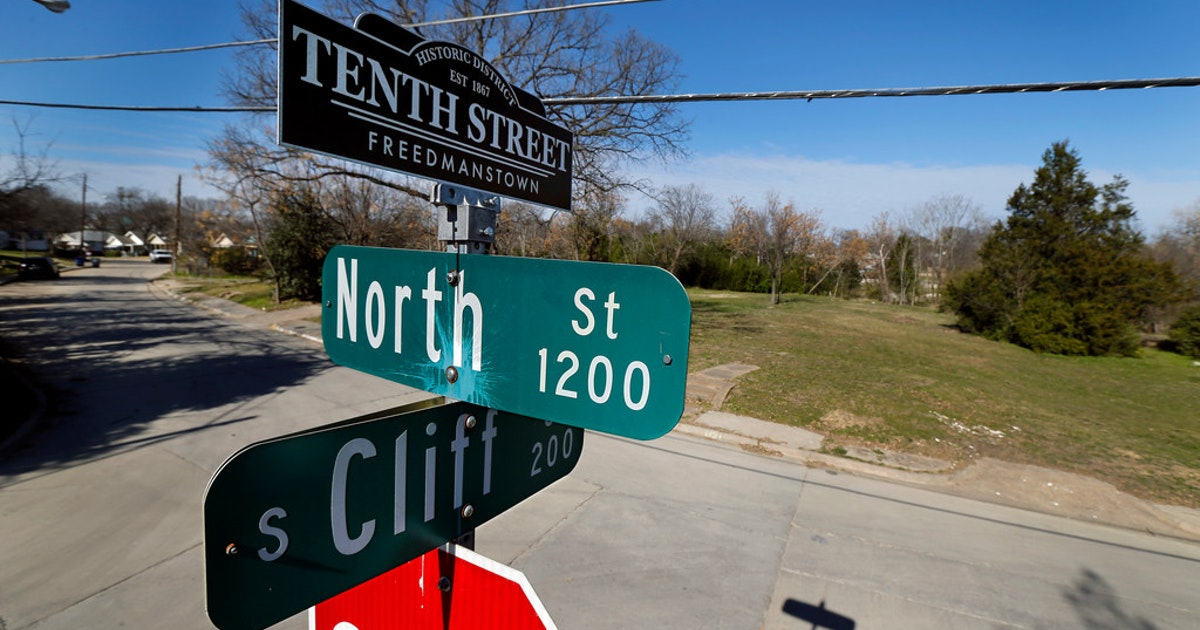 Dallas eyes ways to spare the historic Tenth Street district, which