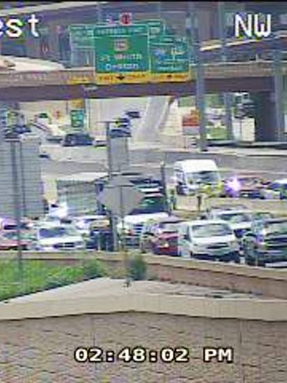 Fatal crash shuts down part of I-820 in North Fort Worth | Traffic