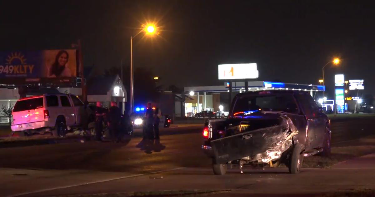 19-year-old driver fled scene of fatal northwest Dallas crash, police say...