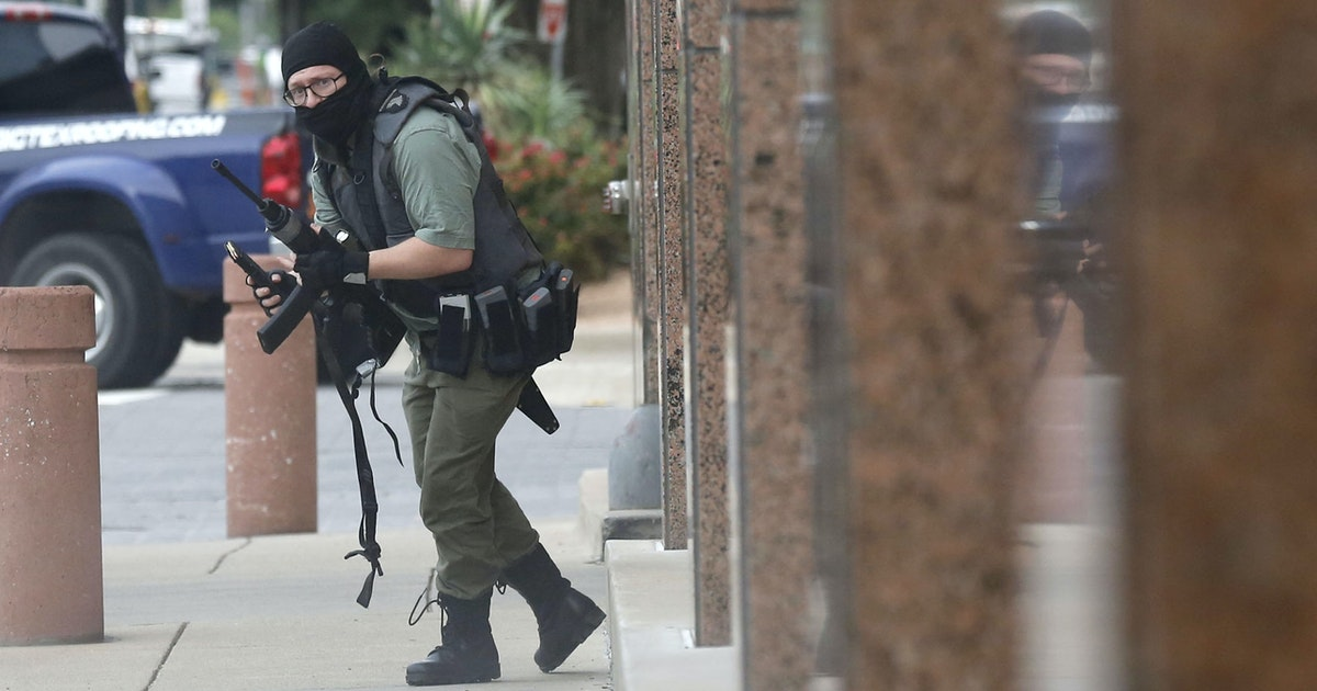Gunman Shot Dead After Opening Fire On Federal Courthouse