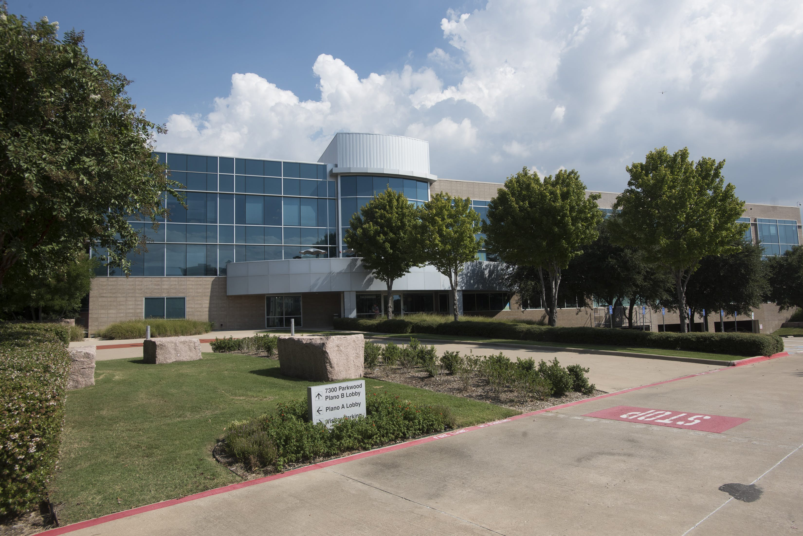 Investor eyes purchase of USAA's Plano office campus ...