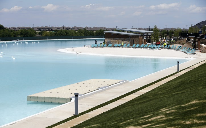 North Texas' first Crystal Lagoon makes a splash in Prosper | Real