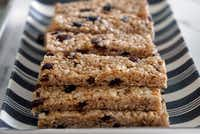 Kristen Massad prepared granola bars with her daughters and a family friend at her home in Dallas.(Lawrence Jenkins/Special Contributor)
