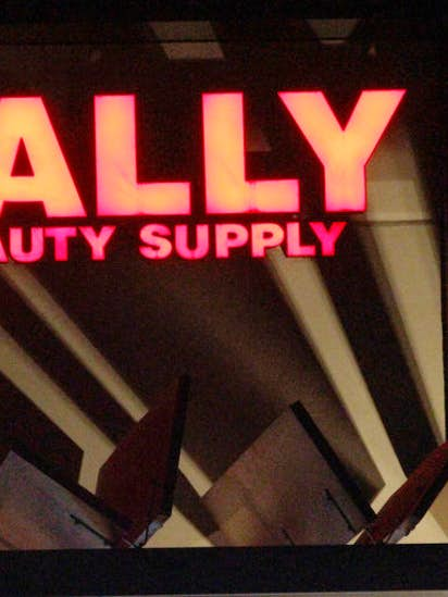 Amazon targets Denton-based Sally Beauty's professional salon