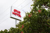 An Oyo-branded hotel near Dallas Love Field.(Lynda M. Gonzalez/Staff Photographer)