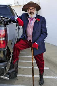 """Derrill Osborn outside of White Elephant Antiques in Dallas posing for the book """"Advanced Style""""(Ari Seth Cohen/Special Contributor)"""