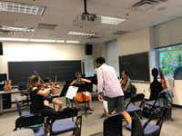 Solana Quartet works with cellist Raman Ramakrishnan at the Mimir Chamber Music Festival.(Mimir Chamber Music Festival.)