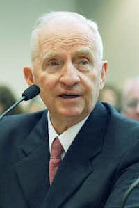Ross Perot, shown testifying before the House Public Education Committee in Austin in 2005, is credited with helping to reboot Texas public schools for a knowledge-based economy.(Harry Cabluck/File/AP)
