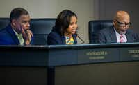 DeSoto councilwoman Candice Quarles told residents she would meet with anyone who has questions for her.(Daniel Carde/Staff Photographer)