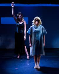 """Olivia Cinquepalmi (left) plays the bear and CC Weatherly is Marilyn Monroe in <i>Marilyn, Pursued by a Bear</i>. The creature is a reference to the famous stage direction, """"Exit, pursued by a bear,"""" from Shakespeare's <i>The Winter's Tale</i>.(Ashley Landis/Staff Photographer)"""