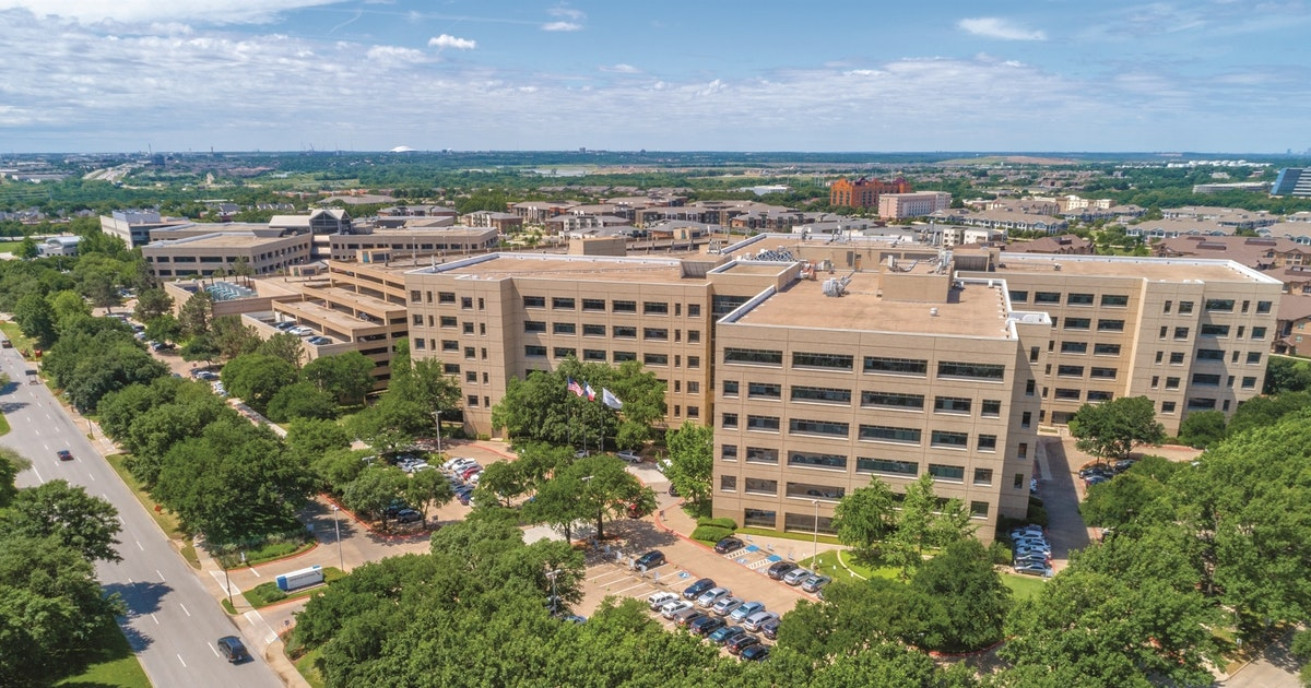 American Airlines old headquarters at DFW Airport is up for grabs...