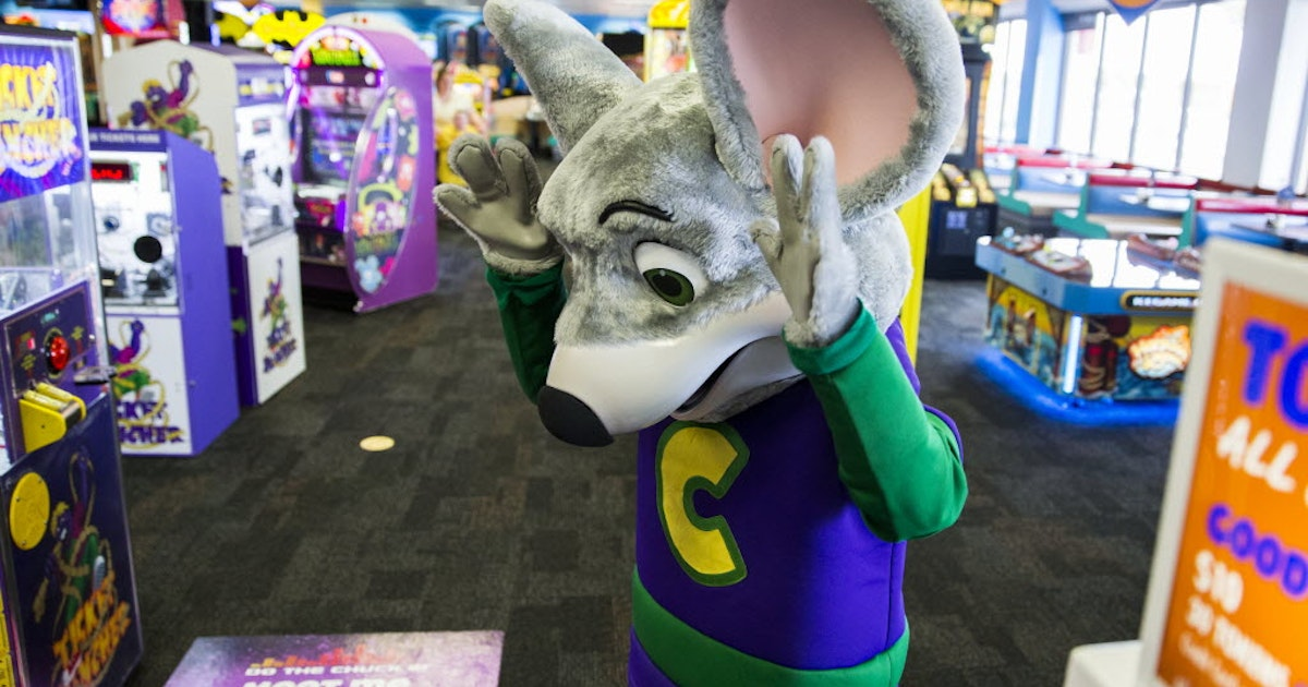 Chuck E  Cheese parent company cancels deal to bring Irving-based