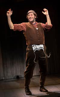 Yehezkel Lazarov, the star of the touring production of <i>Fiddler on the Roof</i>, which will open at Dallas Summer Musicals on Aug. 7, 2019.&nbsp;(Joan Marcus/Dallas Summer Musicals)