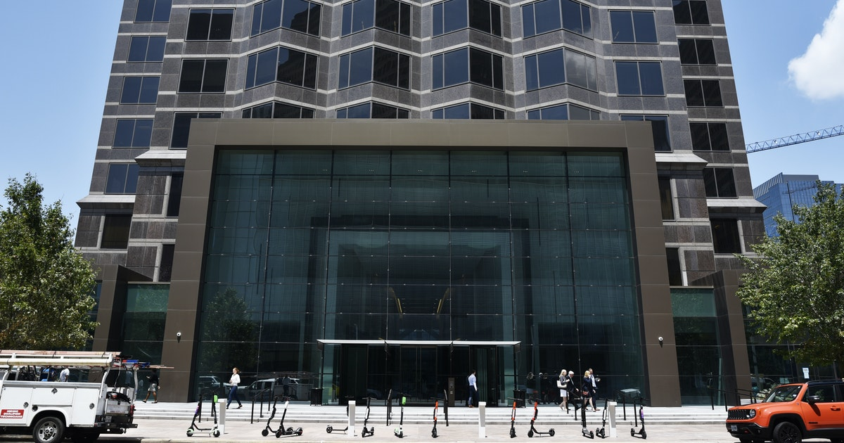 Japan-based financial services giant Orix is moving to downtown Dallas' Trammell Crow Center...