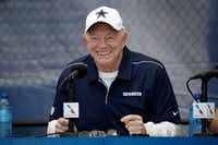 """Dallas Cowboys owner Jerry Jones founded Legends Hospitality in 2008 with late New York Yankees owner George Steinbrenner.<span style=""""background-color: transparent; font-size: 0.6875rem;"""">&nbsp;</span>(Marcio Jose Sanchez/AP)"""