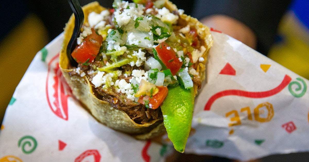 State Fair of Texas' winning foods: fried mango, Big Red Chicken Bread and a barbacoa 'cone'...