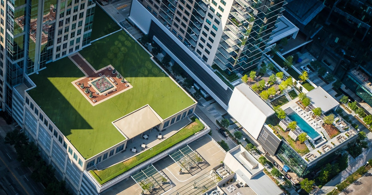Dallas' green 'cool roofs' initiative helps city turn down the heat on urban oven...