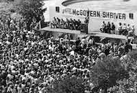 U. S. Sen. George McGovern makes a campaign speech in Fort Worth in 1972.( LEE LANGUM/Staff Photographer  -  Texas/Dallas History and Archives Division/The Dallas Morning News Collection  )