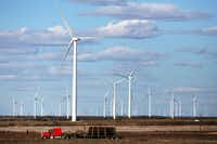 Federal prosecutors say David Lyman Spalding of Colleyville raised $3.7 million from investors in two companies, Wind Plus Inc. and Baseload Energy LLC. (Spencer Platt/Getty Images)