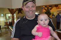Officer Matt Pearce and his daughter. (GoFundMe)