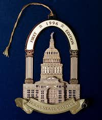 ORG XMIT:  Texas State Capitol Christmas tree ornament. Photographer: Tom Fox  Credit: 113491    Date: 19980227(TF_Tom Fox - 113491)