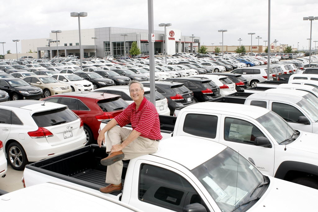 Pat Lobb Toyota Receives Outstanding Business Award | Business | Dallas News