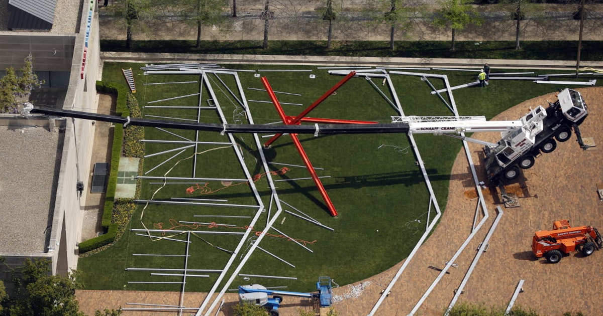 Dallas Museum of Art releases video showing crane collapse
