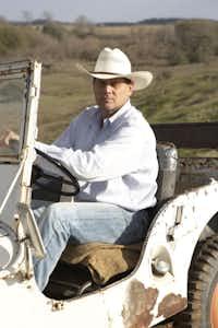 Bernie Uechtritz on the Waggoner Ranch(Gustav Schmiege Photography)
