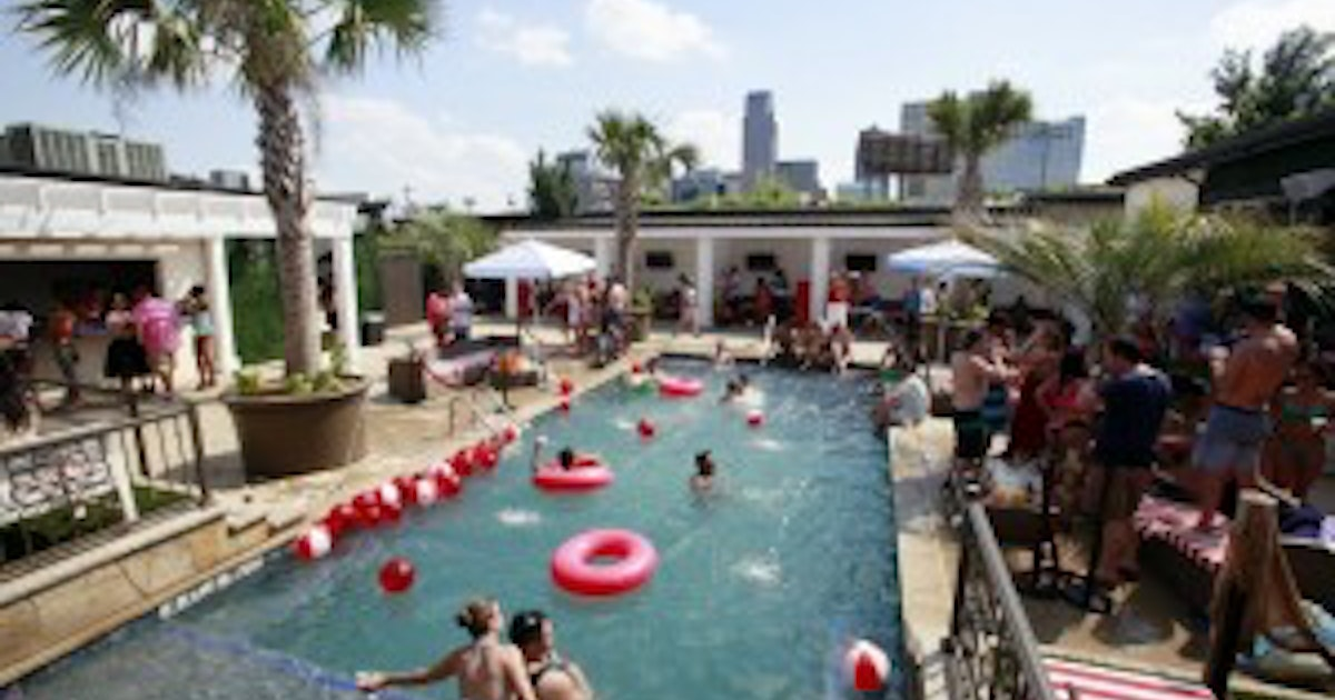 Downtown Beach Club Too Swinging For Bryan Place Neighbors Dallas City Hall News
