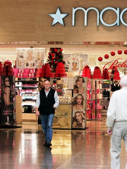 Macy S To Close Two D Fw Stores And Eight Across Texas As Sales