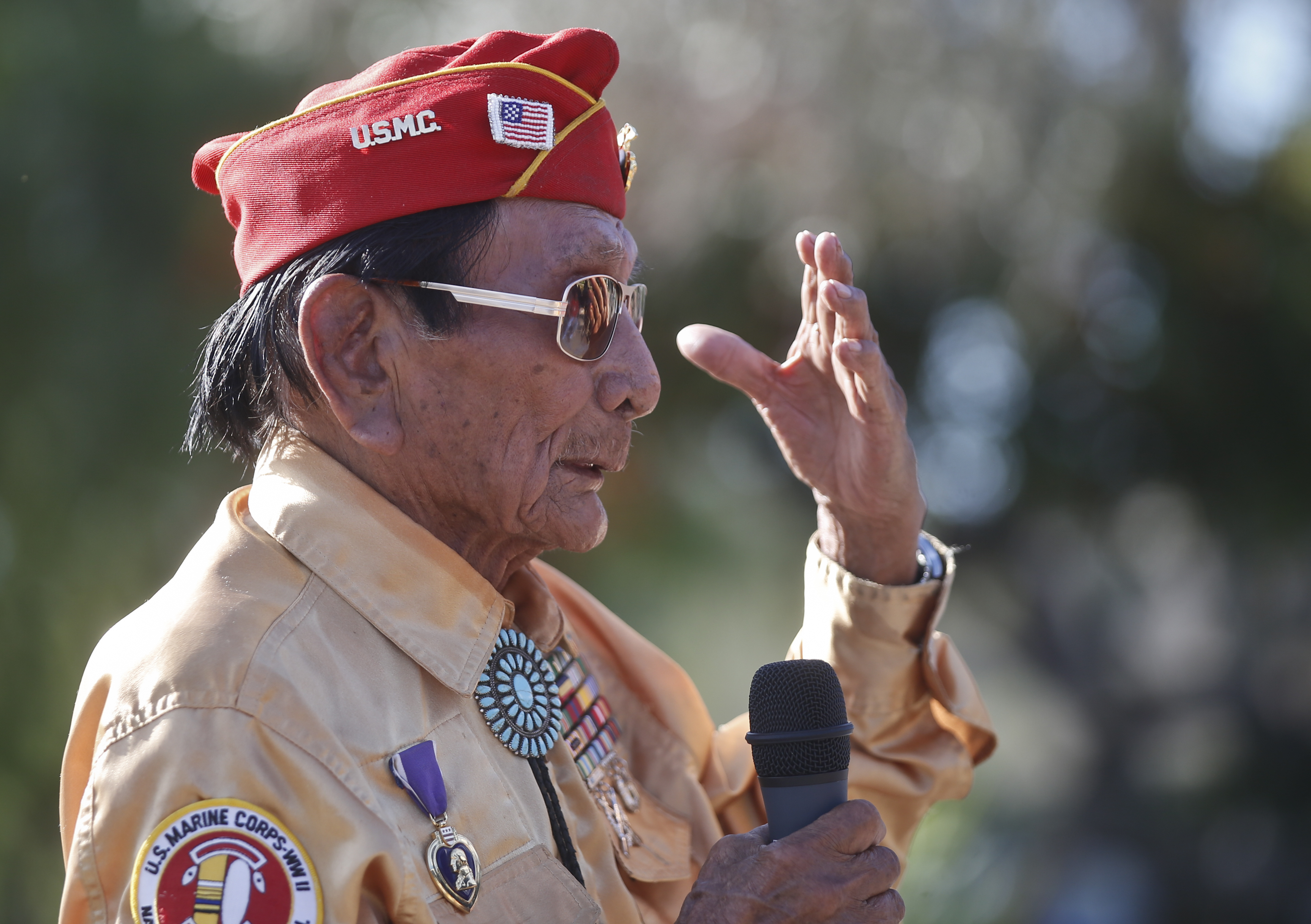 navajo code talker to discuss windtalkers movie at stars and