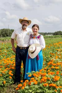 Hosts for the Field to Vase dinner were flower farmers Pamela and Frank Arnosky.( California Cut Flower Commission )