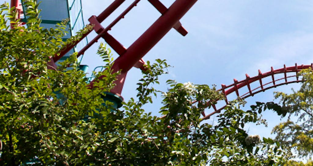 Six Flags Over Texas in Arlington to close two thrill rides