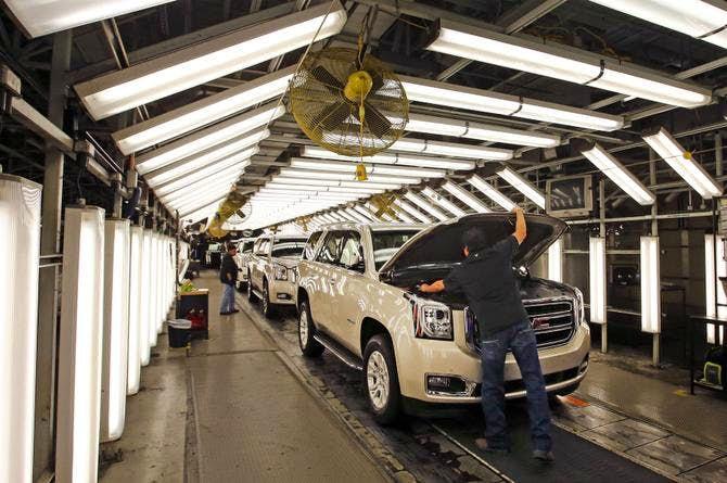 Gm Arlington Plant Still Running Hard Autos Dallas News