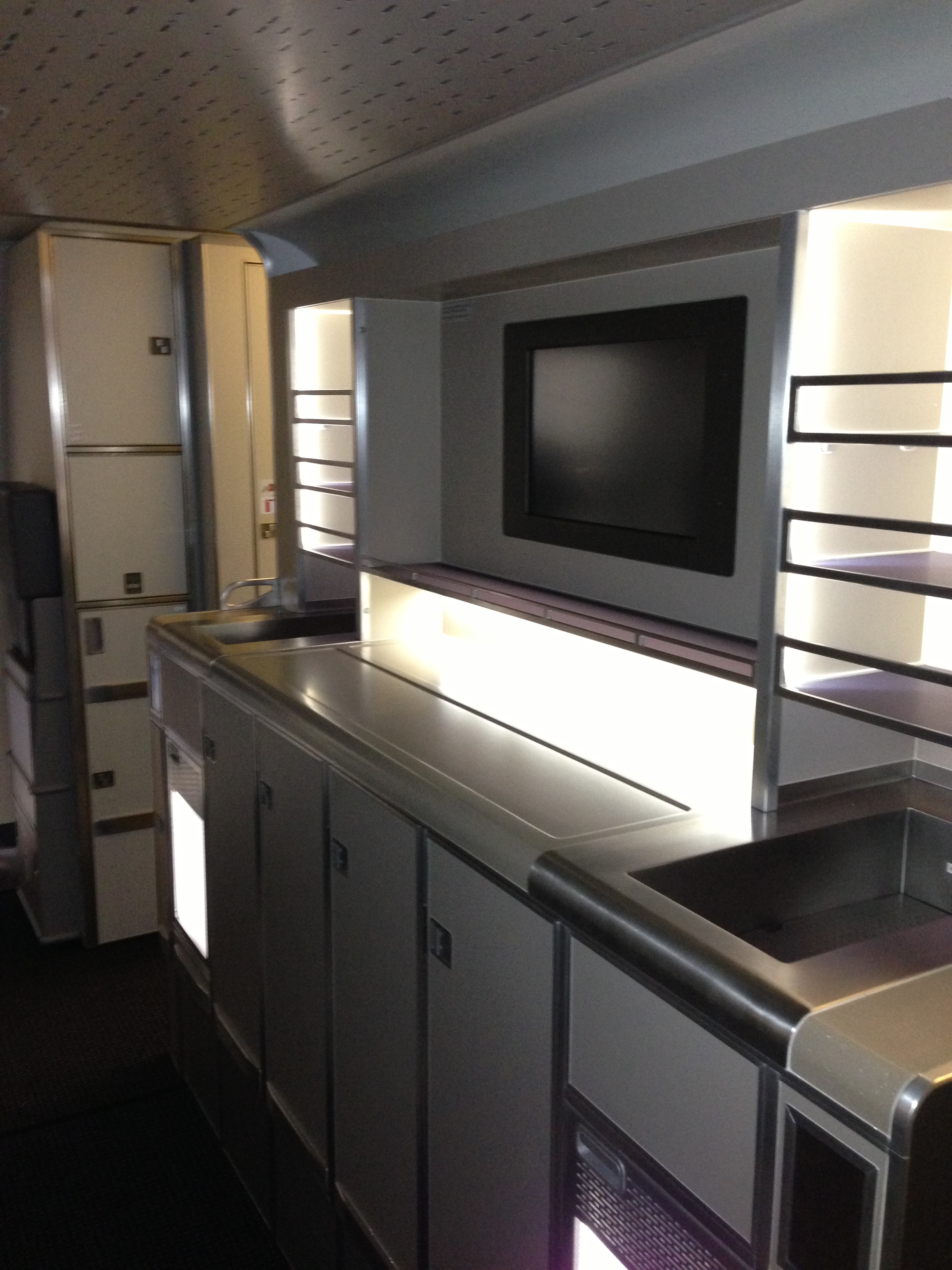 Some photos of American Airlines 777 300ER Airlines Dallas News