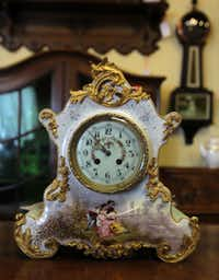 A French china clock